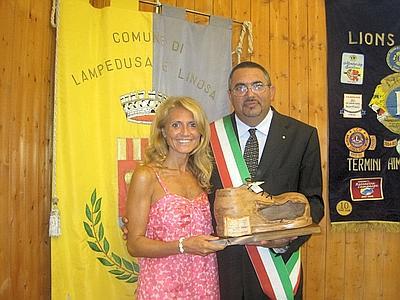 Premio solidarietà alla giornalista Elvira Terranova